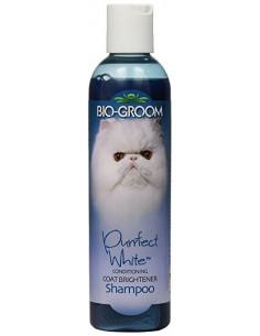Biogroom Purrfect White Cat Conditioning Shampoo  235 ml